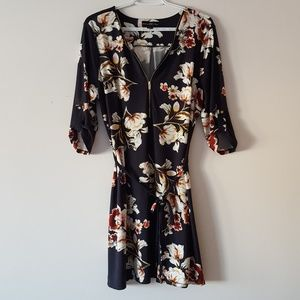Dresses & Skirts - Navy Floral Tie Dress